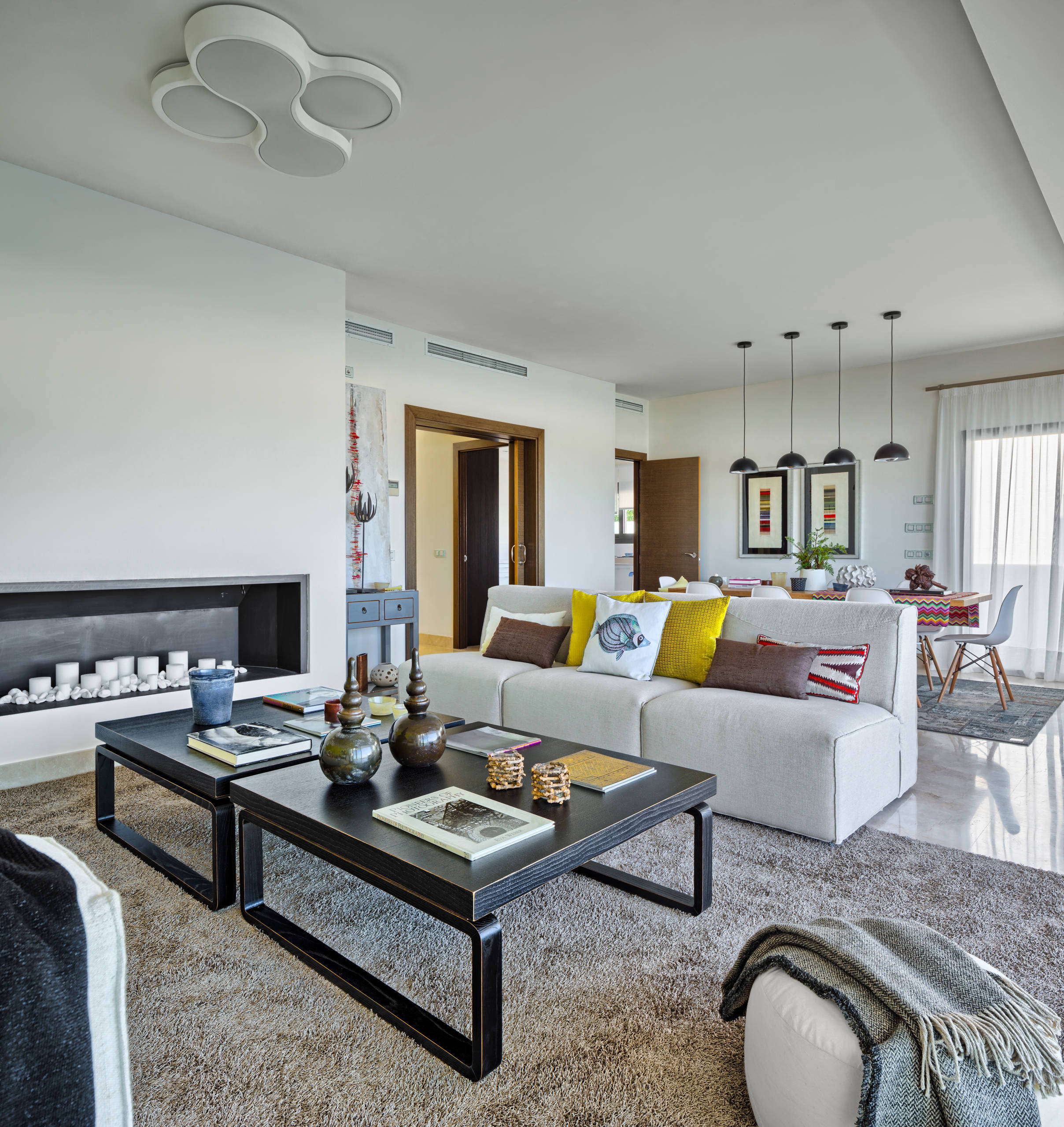 decoración con alfombras en salón