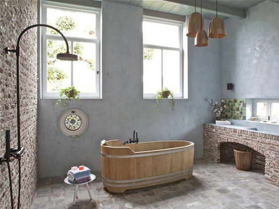 decoración de baños rústicos bañera alargada