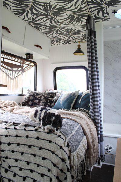 Decoración de caravanas, cama textil