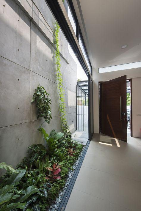 Jardines-interiores-pasillo-alargados